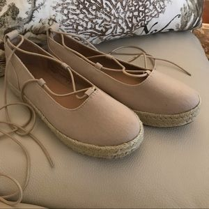 Brash espadrille tan summer lace ups 8.5 US new